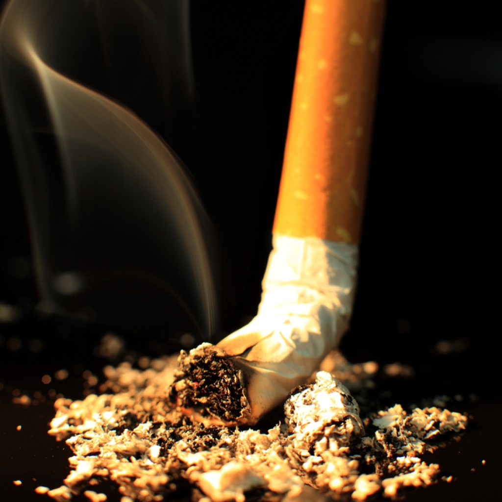 Colorectal Cancer Patients Who Smoke Have Higher Risk of Death